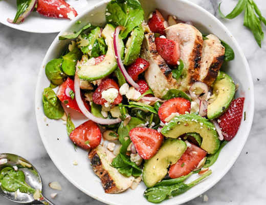 featured-strawberry-and-Avocado-Spinach-Salad-with-Chicken-foodiecrush